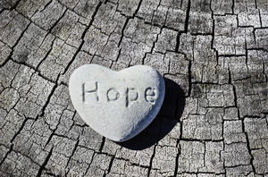 Hope heart: stone heart with 'hope' inscription