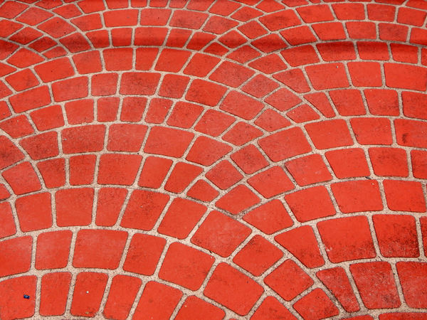 curved paving patterns: pavement area with curved patterned surface