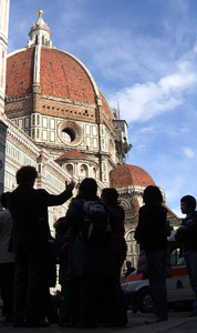 The Duomo in Florence Italy: Tourist see The el duomo ( the dome ) chuch in Florence Italy
