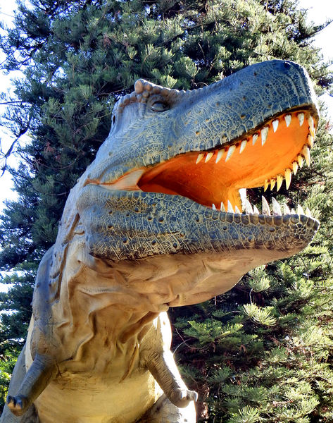 dinosaur jungle10: Public animated Zoorassic Park dinosaur display at Perth Zoo 2016.  NOT for commercial use.