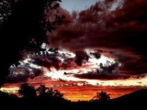 darkening sunset skies2