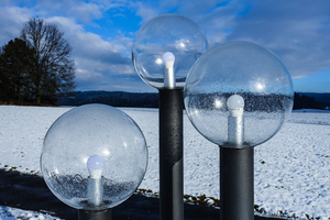 round lamps in winter landscap