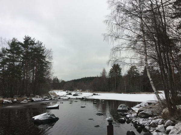 Lake in Finland: Autumn snow