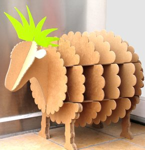 Make Crafts from Recycled Materials: Cardboard and Paper