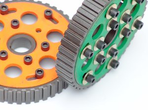 Motor parts 1: Camshafts, gears and other motor parts
