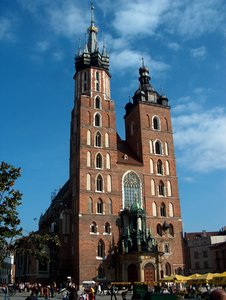 St. Mary's Church, Krakow 1: Gothic St. Mary's Basilica in Krakow (Poland), view form main market square