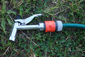 Connector to garden hose pisto: Elements of garden watering system