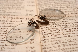 Pince-nez or vintage spectacle: Pince-nez are a style of spectacles, popular in the nineteenth century, which are supported without earpieces, by pinching the bridge of the nose. The name comes from the French language - pincer, to pinch, and nez, nose.