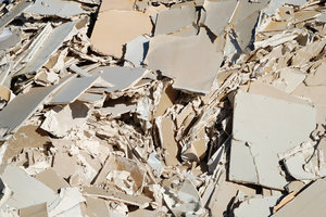 Construction Waste: Construction waste, crushed plaster boards texture.Many thanks to H. Walfridsson and colleagues at RGS90 for giving me access to the disposal area.Link to my other waste photos:http://www.sxc.hu/browse. ..