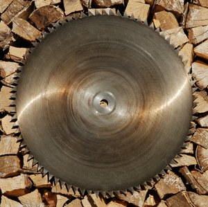 Sawblade and firewood