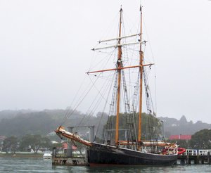 ~ Old sailing ship 2: R. Tucker Thompson in Russell, Bay of Islands, New Zealand