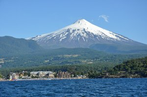 Volcan Villarica, Chile: Volcan Villarica and Llanquigue lake , Pucon, Chile. One of the most active volcanos in the world