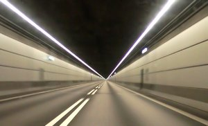 Tunneldrive: Picture taken during about 100km/t (60 mph) in the tunnel between Denmark and Sweden.