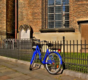 Blue bike - HDR: No description