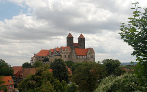 Castle Hill in Quedlinburg: Romanesque St. Servatius church in Quedlinburg