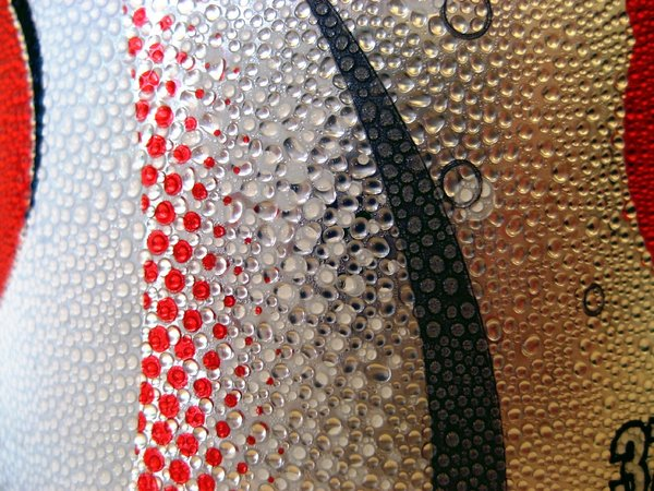 droplets on can 2