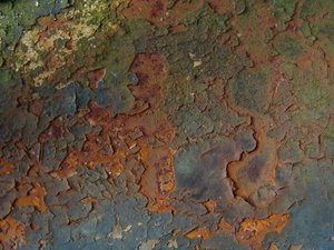 rust: this photo shows rust on an old jerrycan. I would love to see some comments on this one. thnx