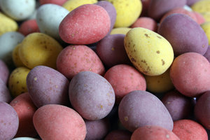 Eggy Easter: Mini Chocolate Eggs