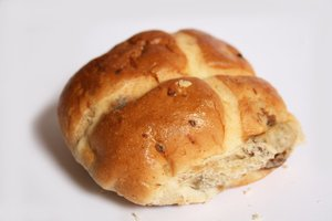 Hot Cross Buns: Easter Food