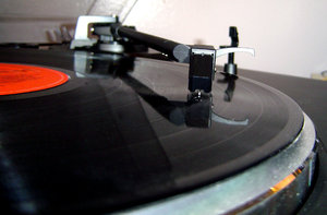 Turntable: Turntable with arm and record