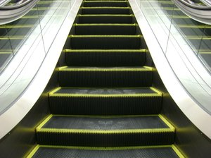 Escalator: DFC