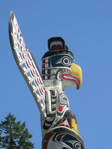 Totem pole: One of the Totem poles in Stanley Park, Vancouver