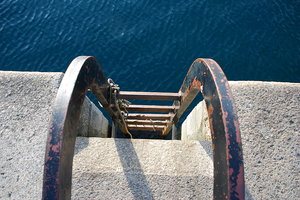 Stairs to the ocean: Stairs to the ocean