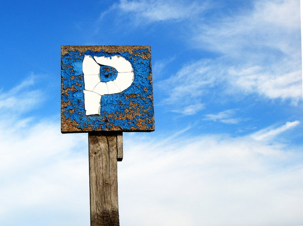 Parking sign: Weathered parking sign in Cocentaina, Alicante
