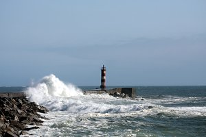 Lighthouse & tidal power 4