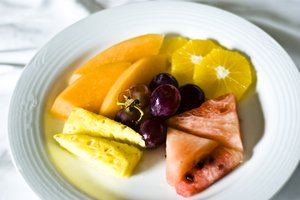 Fruit plate: No description