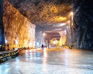 salt mine 1: Praid salt mine in Romania
