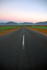 Farm Road: Farm road in the Swartland, South Africa.NB: Credit to read