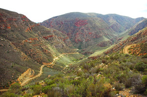 Swartberg Pass: The (in)famous Swartberg (or Black Mountain) Pass leading into Prince Albert in South Africa's Karoo.NB: Credit to read 
