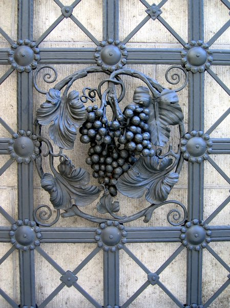 wrought iron wine decoration