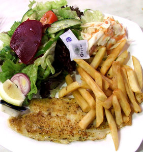 fish N chip salad: fish and chips salad