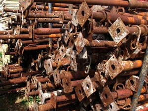 rusty pipes: none