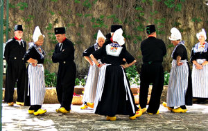 Dutch dancers: cultural group of costumed Dutch clog dancers