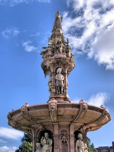 doulton fountain - detail: The Doulton Fountain is the largest terracotta fountain in the world, as well as the best surviving example of its kind. You can find it in Glasgow, Scotland.