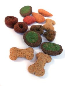 Dry Dog Food 1: Colorful dry dog food