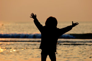 enjoy the life: child on the beach