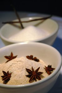 Sugar serie 1: Brown and white Sugar with star anise and vanilla pods