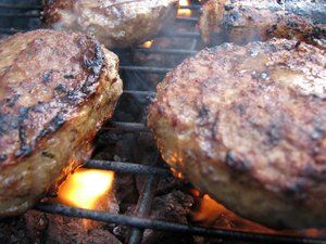 sizzle: burgers on bbq