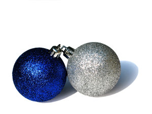 blue baubles: none