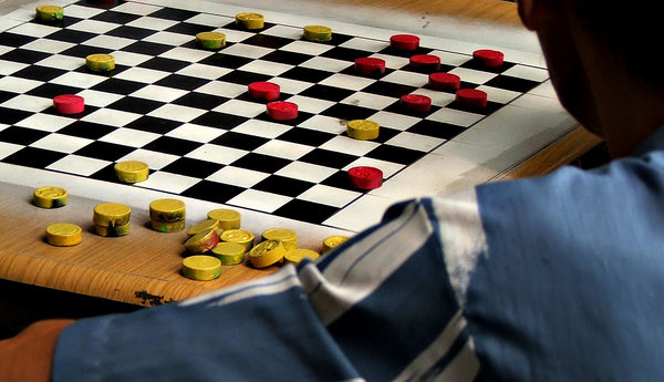 Chinese checkers: Chinese checkers game in play