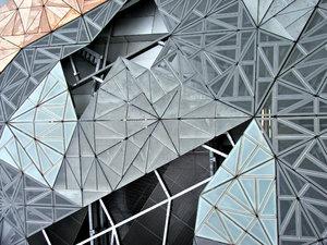 geometric patterned wa...