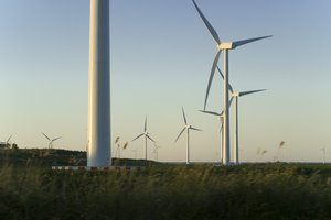 Wind mills: A few of the many wind mills in Flevoland in the Netherlands