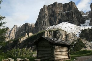 Mountain hut: A mountain hut among the Dolomites, Italy.