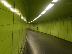 GreenTunnel: Shot taken in a Metro-station in Bonn/Germany.