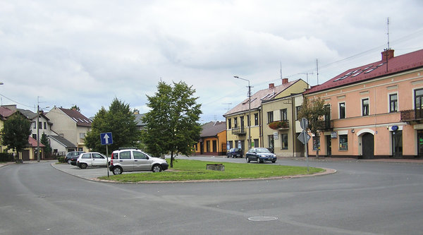 A square in Łowicz: A junction.