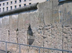 the berlin wall 4: the berlin wall (or what is still left of it)